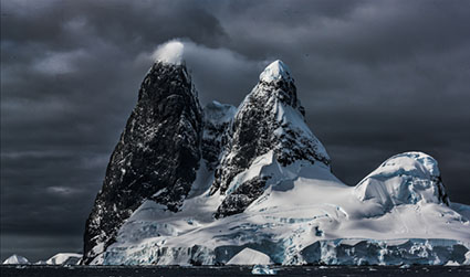 Photograph Antarctica with Seth Resnick and John Paul Caponigro. Fly to Antarctica and avoid Drake Passage. A true Photography Workshop not a photo tour